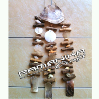 Bali Chime Wood Stick Shell Handicraft